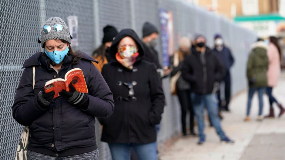 Wealthy New Yorkers are hiring people to stand in coronavirus testing lines for them
