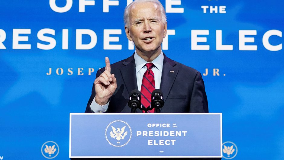 Biden touts COVID-19 mask mandate as linchpin of pandemic plan