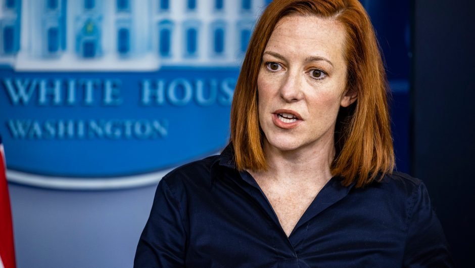 Psaki defends attack on governors, denies 'importing' COVID-19