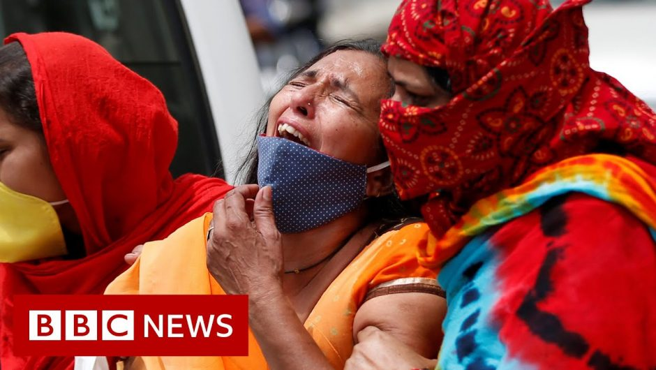 India sees highest daily Covid death toll amid deadly second wave – BBC News